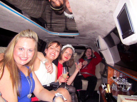 Hens night tours Melbourne city